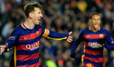 Messi brilló en su vuelta a la titularidad con una goleada del Barcelona
