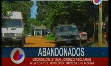 Vecinos del Bº San Lorenzo reclaman a la EBY y el municipio limpieza en la zona