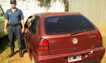 Jardín América: recuperan auto robado en Buenos Aires y detienen al conductor