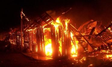 Cortocircuito provocó un incendio en una vivienda familiar