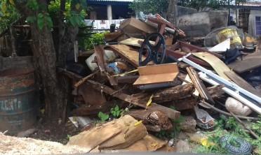Garupá: basurales a cielo abierto en calles de Bº Fátima