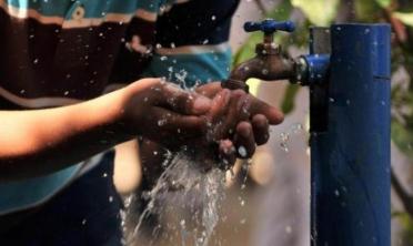 """""""En ocho años el 100 % de la Argentina va a tener cloacas y agua potable"""""""