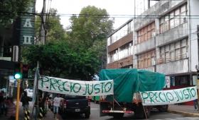 """Productores llevan el """"Yerbatazo"""" a Buenos Aires"""