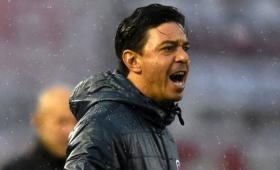 Gallardo furioso con los suplentes de River tras el empate ante Sarmiento