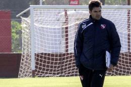 Pellegrino dejó de ser el técnico de Independiente