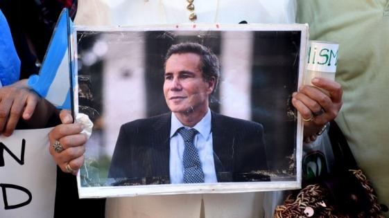 Los nuevos peritajes prueban que Nisman fue golpeado y drogado antes de morir