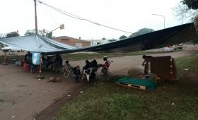 Continúan relocalizando a familias de asentamientos posadeños