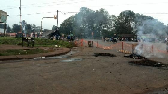 """Corte en Santa Cecilia: """"Somos militantes de la Renovación"""""""