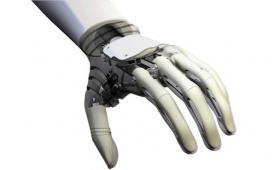 En Paraguay fabrican un brazo biomecánico 100 veces más barato
