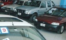 Dólar: fuerte impacto en el sector automotriz
