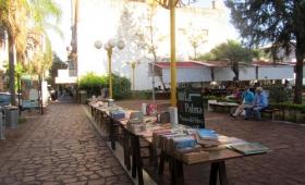 Feria Abierta en Itaembé Miní el Día del Amigo