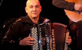 Adiós a Nini Flores, un maestro de la música del litoral