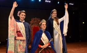 En medio de un corte de luz, eligieron a la Reina del Inmigrante