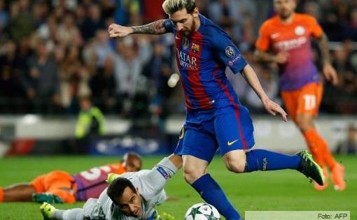 Messi hizo un triplete ante el Manchester City