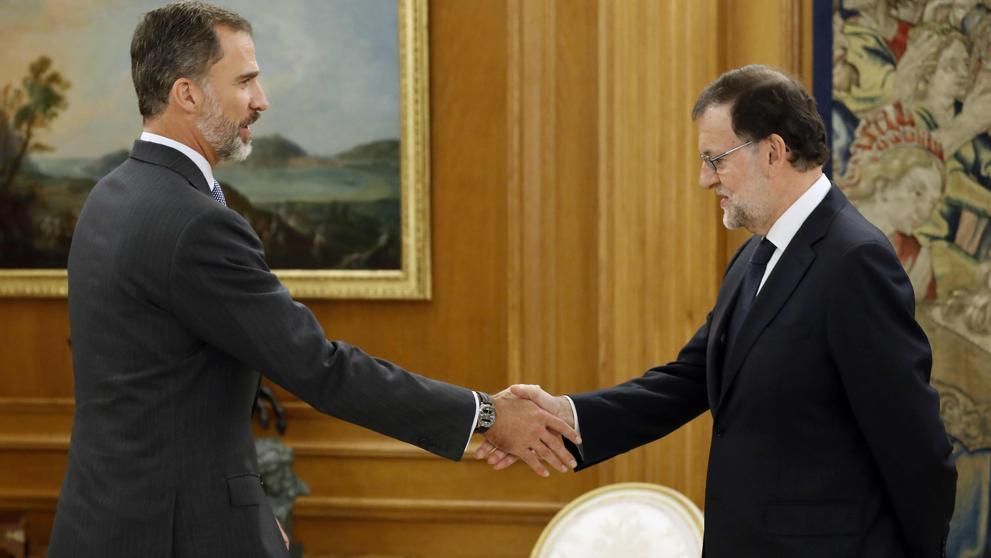 Futuro de Rajoy se juega hoy en la cúpula del PSOE