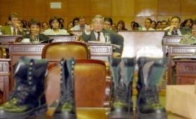 Compraron uniformes sin licitación por 17 millones de pesos a Niveyro SA