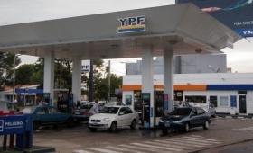 YPF subió los precios y la nafta súper ronda los $42 en Posadas