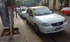 ¿Cuánto gana un taxista posadeño por día?