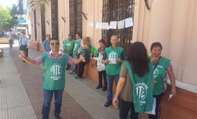 Panfleteada de Desarrollo Social en plaza 9 de Julio