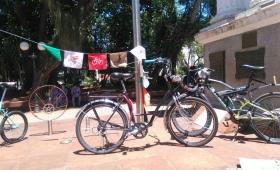Ciclistas piden ser respetados por el Tránsito