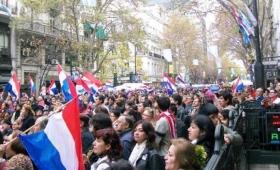 Por la crisis económica, miles de paraguayos se van de Argentina