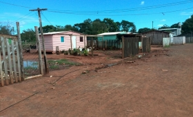 Relocalizados de Chacra 189 siguen sin luz, agua y alumbrado público