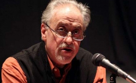 Jorge Boccanera dará una charla sobre Poesía en el Cidade