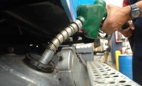 Postergaron el aumento de los combustibles