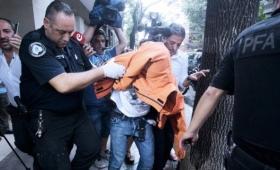 Un anestesista le cortó la cara y el cuello a una mujer en Buenos Aires