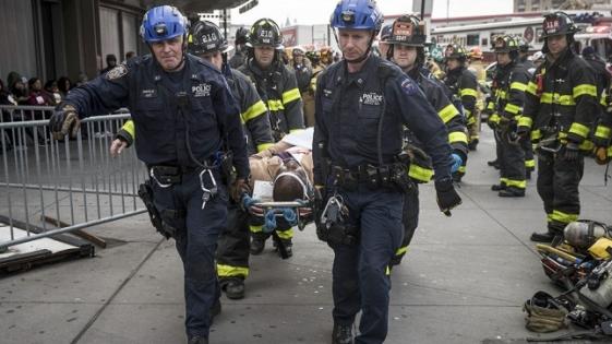 Descarriló un tren en Nueva York: al menos 103 heridos