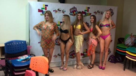Presentaron el festival provincial de la bikini