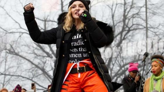 """Madonna a Trump: """"Pensé en hacer explotar la Casa Blanca, pero elijo el amor"""""""