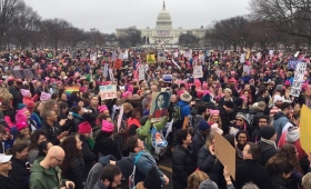 Cientos de miles de personas protagonizan una histórica protesta contra Trump