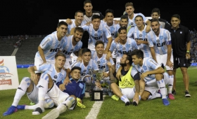 Racing volvió a festejar ante Independiente