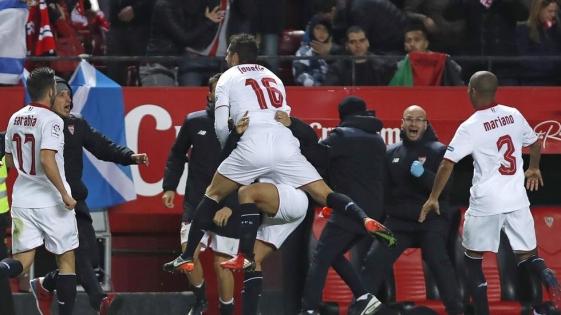 Sevilla le quitó el invicto a Real Madrid