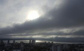 Cielo nublado y clima fresco en Posadas