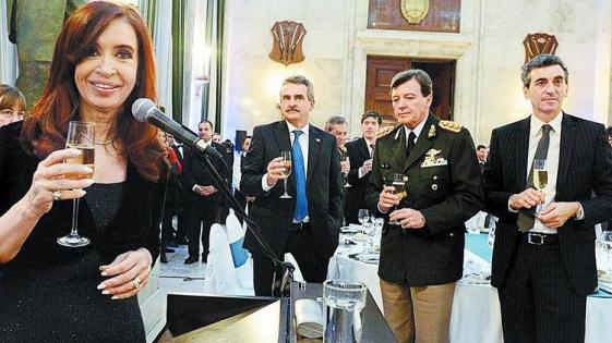 """Carrió sobre la detención de Milani: """"Se demuestra que Cristina tuvo a un genocida como jefe del Ejército"""""""