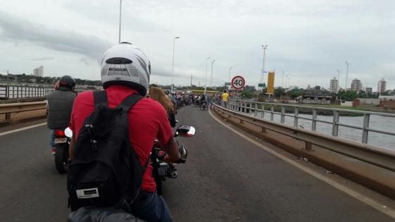 Empleados de Comercio amenazan con cortar el Puente Internacional