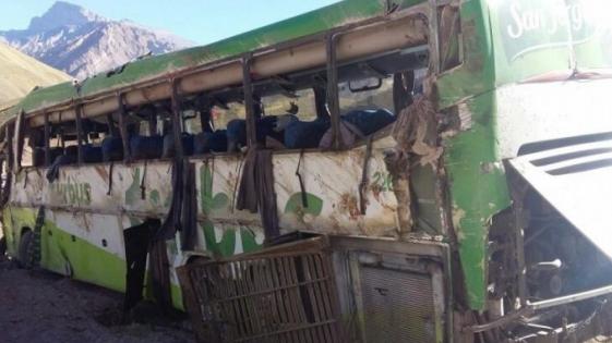 Tragedia de Mendoza: el micro iba a 100 kilómetros por hora en una zona de 40