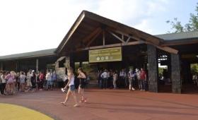 Ingreso a Cataratas: piden que turistas puedan pagar con tarjeta