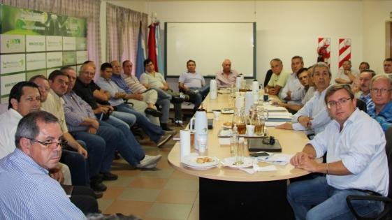 Yerba Mate: Con reparos, intendentes respaldan la cupificación