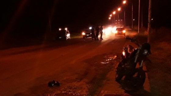 Alem: motociclista arrolló a un hombre, provocándole una fractura expuesta