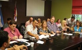 En soledad, UDPM cerró acuerdo salarial con el Gobierno