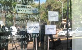 EMSA cerró sus puertas sin explicación y hay malestar de clientes