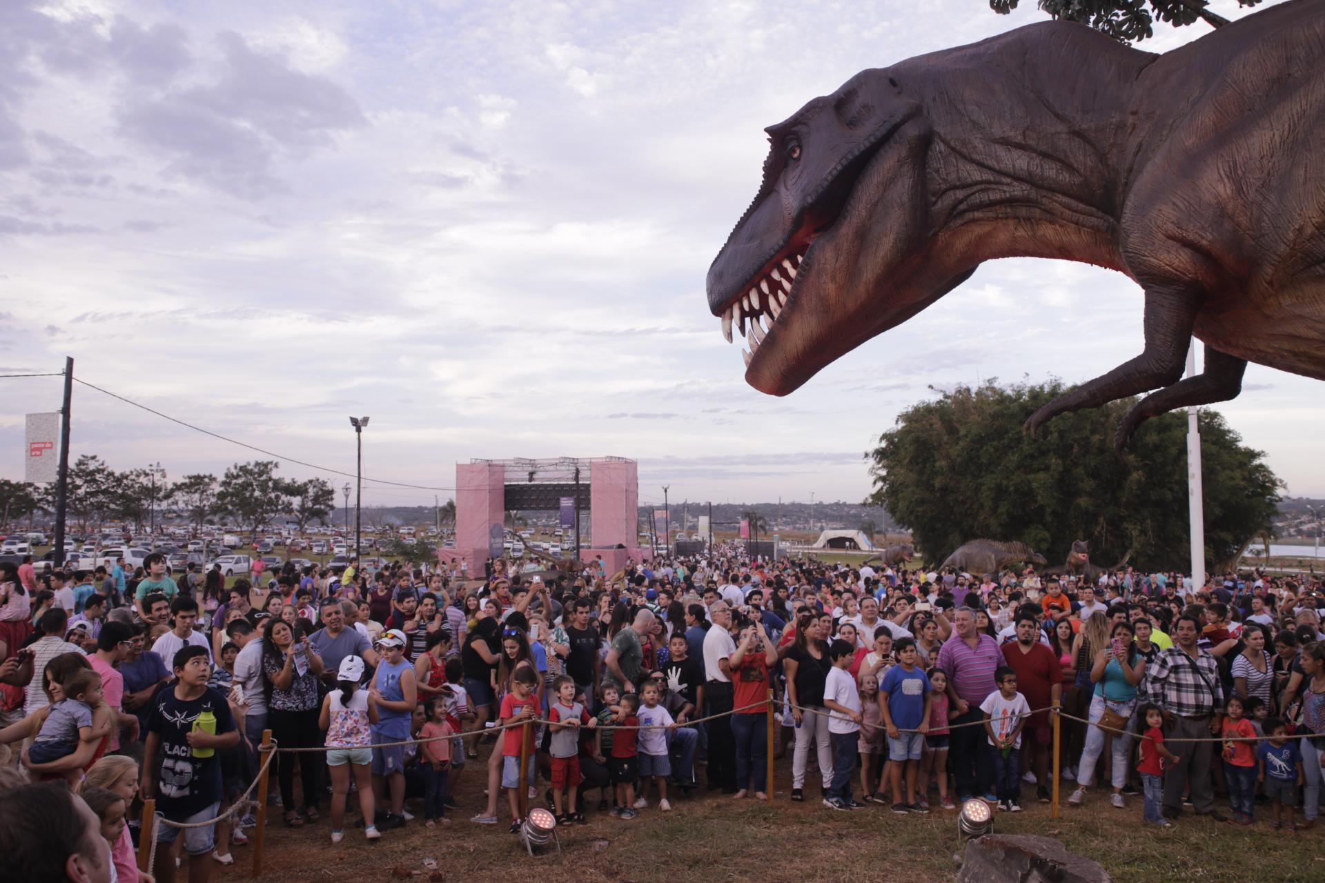 72ba3d1102 ... ya recibió cerca de medio millón de visitantes en la provincia de  Misiones, donde continuará brindando diferentes espectáculos, atracciones y  ...