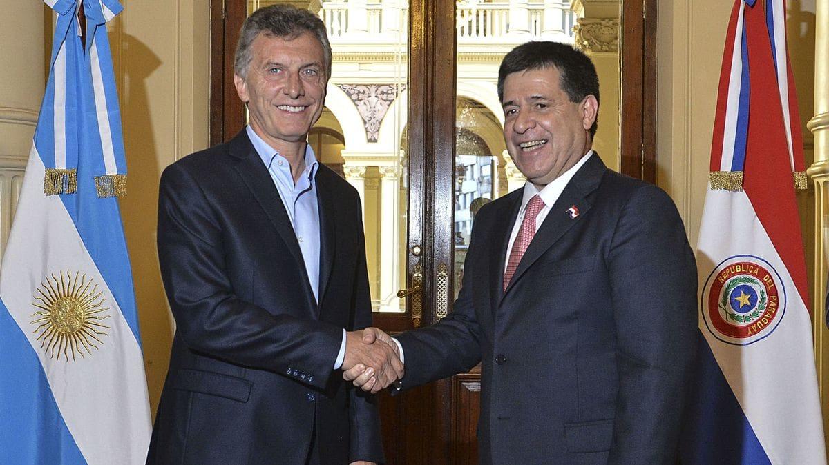 La Argentina y Paraguay firman acuerdo por Yacyretá