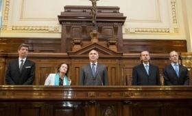 El debate por la religión obligatoria en las escuelas públicas llegó a la Corte