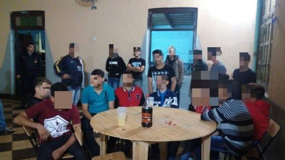 Clausuraron fiesta en la que había menores y alcohol