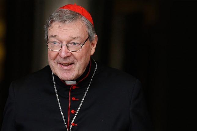 Acusan al asesor del papa Francisco de pederasta