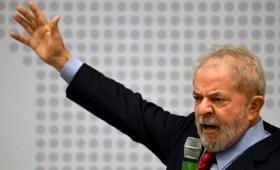 """Lula se postuló como candidato en respuesta a la condena """"mentirosa"""""""